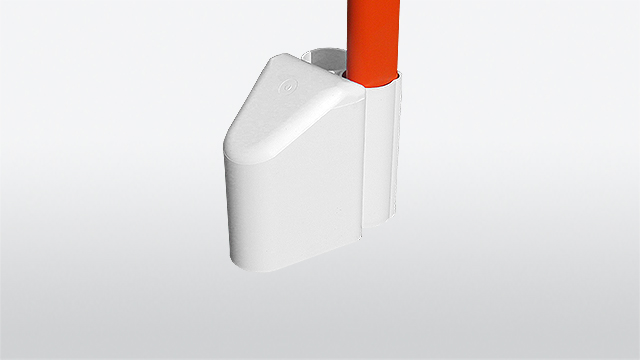 Delineator attachment cap for snow poles